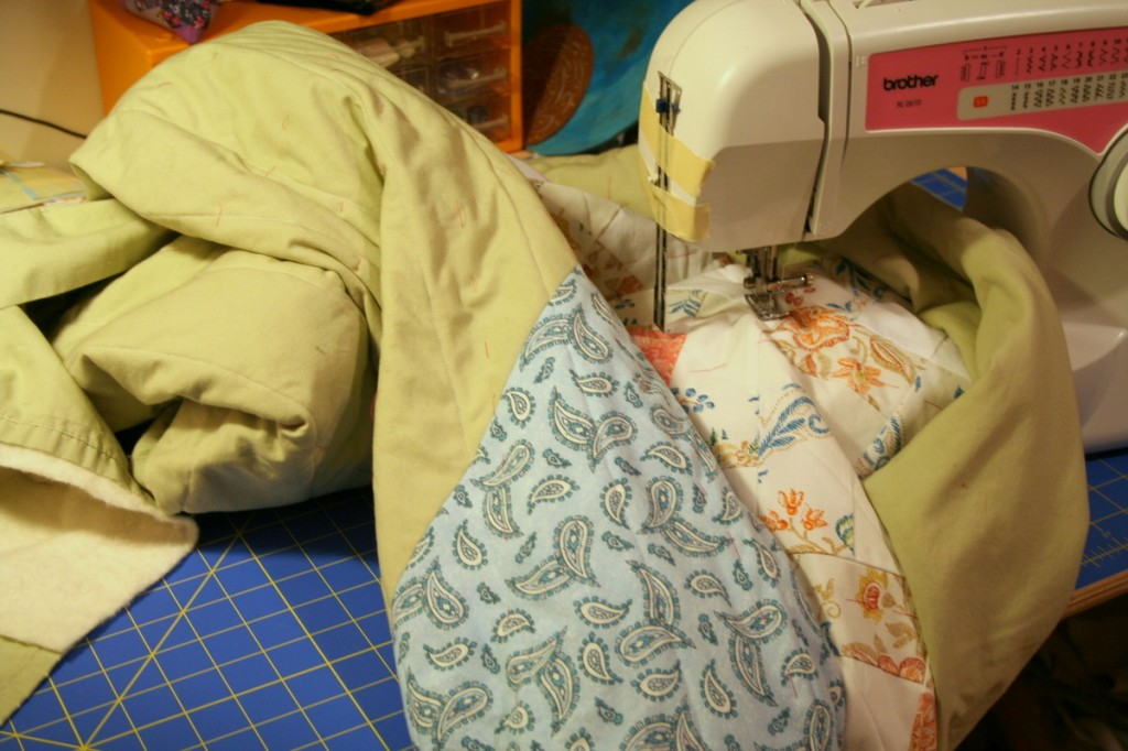 Roll & stuff method of quilting