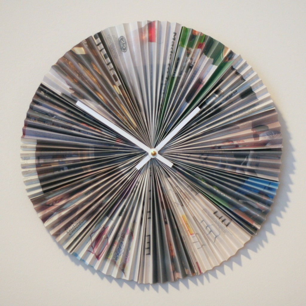 Accordion-style recycled magazine clock