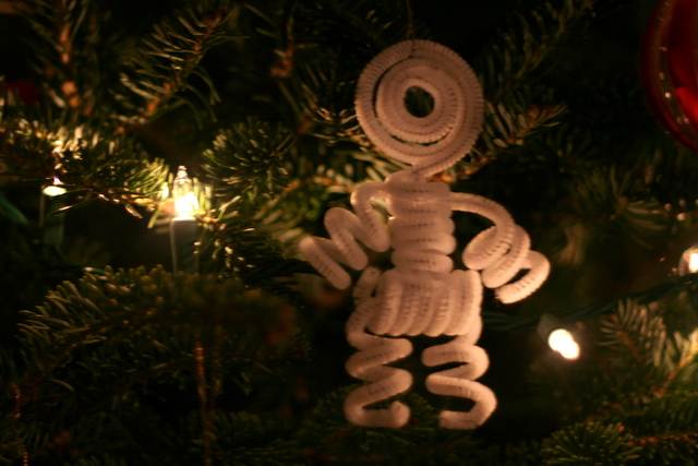Pipe cleaner ornament