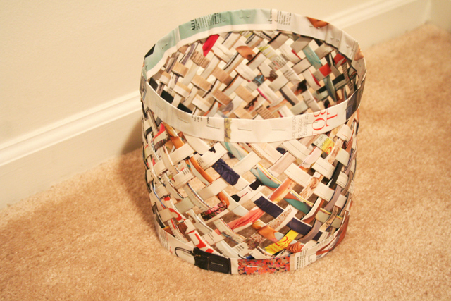 woven magazine trash can