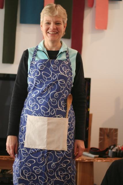 pretty blue swirled apron