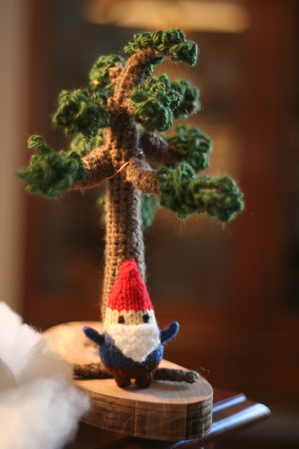 crochet bonsai tree with gnome