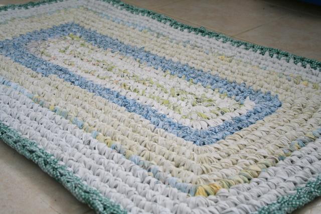cotten crochet rug