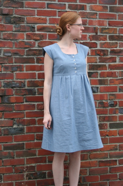 washi dress with buttons